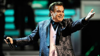 Juan Gabriel, Mexican Music Giant, Dead at 66