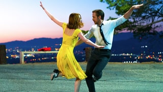 'La La Land' Review: Magical Modern-Day Musical Will Sweep You Off Your Feet