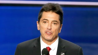 Scott Baio Defends Donald Trump's Sexist Comments: 'If You're Offended By It, Grow Up'