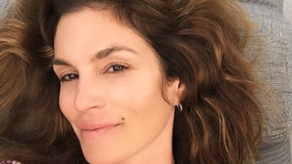 Cindy Crawford Goes Without Makeup to Celebrate Her 50th Birthday: See Her Selfie