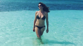 Cindy Crawford Can Still Rock the Heck Out of a String Bikini