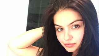 Ariel Winter Ditches Her 'Strawberry' Red Hair to Go 'Back to Black'