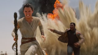 Star Wars: The Force Awakens Breaks Records, Making More Than $1 Billion