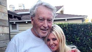 Tara Reid Reveals Her Dad Died in Moving Post: He Was 'My Entire World'