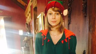 Taylor Swift Wears an Elf Onesie, Goes Without Makeup: Cute Pic!