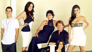 'Keeping Up With the Kardashians' Series Premiere's 7 Bizarre Moments You Never Noticed the First Time