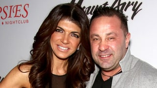 Joe Giudice Sends Teresa 'Beautiful' Flowers From Prison for Their 17th Wedding Anniversary
