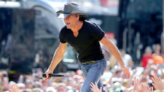 Tim McGraw Falls Off Stage, Refuses to Stop Singing — Watch His Impressive Recovery