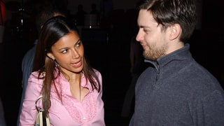Rashida Jones & Tobey Maguire