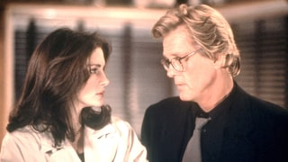 I Love Trouble: Julia Roberts vs. Nick Nolte