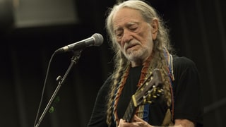 Watch Willie Nelson Remake Classic 'Heartaches By the Number'