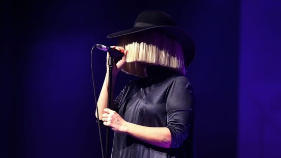 Sia On Reclaiming Adele Rihanna S Unwanted Hits Rolling
