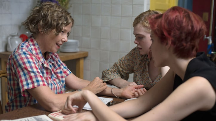 '20th Century Women' Review: Annette Bening Shines in Brilliant Mother-Son Drama