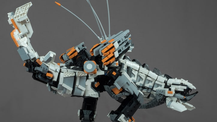 Check Out This Incredible 'Horizon Zero Dawn' Thunderjaw Lego