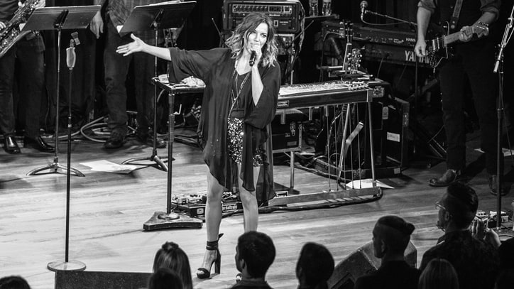 Watch Martina McBride, Cassadee Pope Perform at RS Country Party