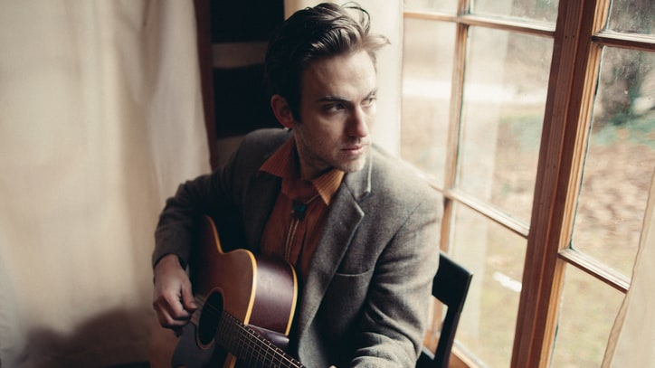 Nashville Troubadour Andrew Combs Talks New Album, Political Discord