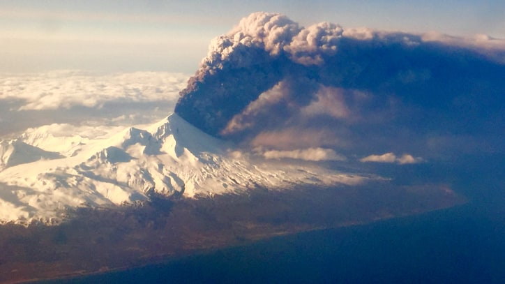 Alaskan Shares What It's Like Living Next to An Erupting Volcano