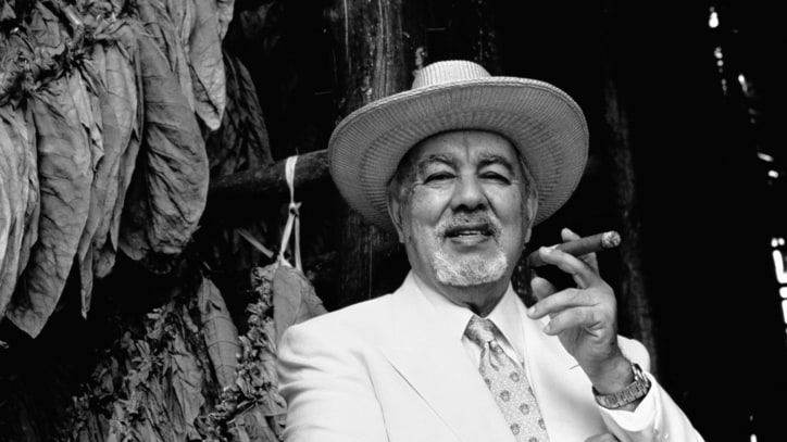 Sinatra Songwriter and Cigar Legend Avo Uvezian Dead at 91