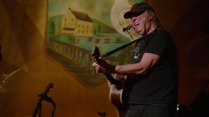 Watch Neil Young's Intimate, Acoustic Ontario Concert