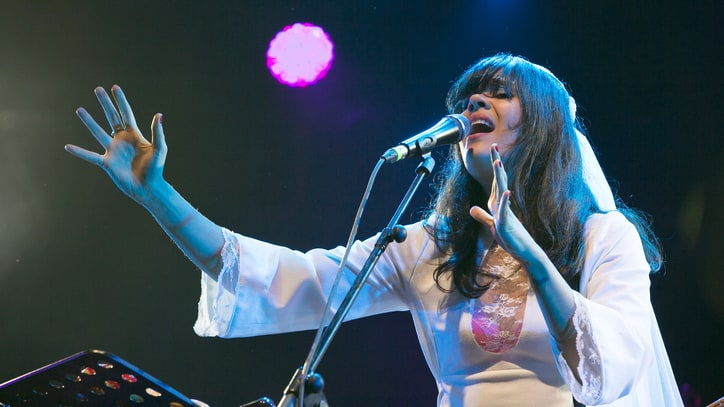 Watch Bat for Lashes' Anthemic Cover of Fleetwood Mac's 'Gypsy'