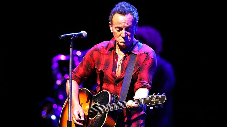 Bruce Springsteen Slams Trump: 'America Is a Nation of Immigrants'