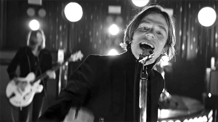 Watch Cage the Elephant's Hallucinatory 'Cold Cold Cold' Video