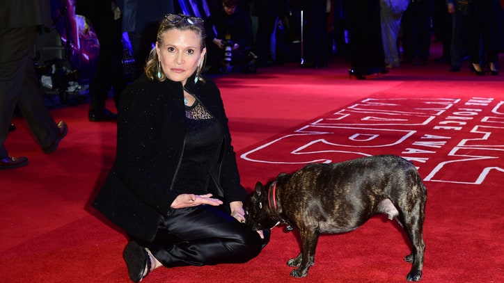 Carrie Fisher Hospitalized After 'Cardiac Episode' on Flight