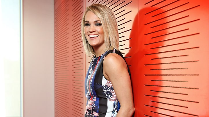 See Carrie Underwood Talk 'Walking Dead' Obsession, Meeting Negan