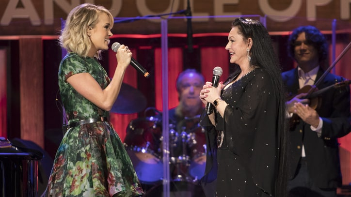 Carrie Underwood Invites Crystal Gayle to Join Grand Ole Opry