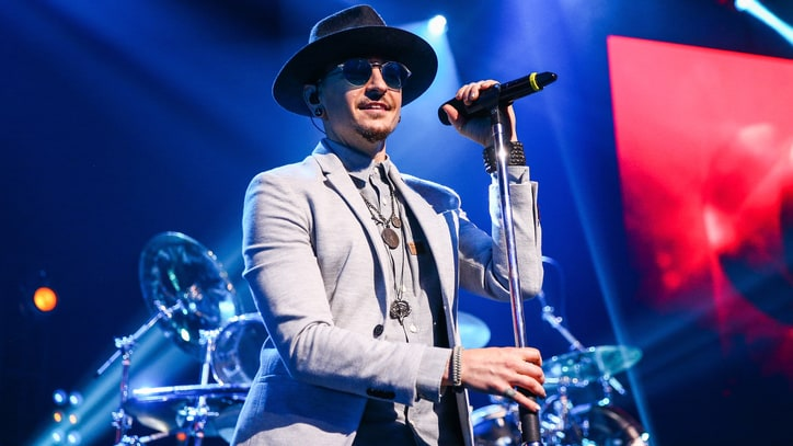 Chester Bennington: Musicians, Famous Fans React to Linkin Park Singer's Death