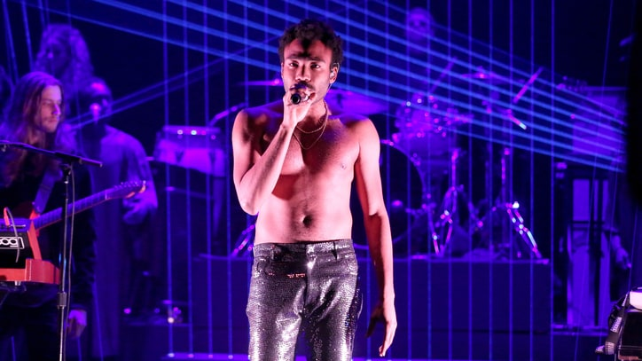 Watch Childish Gambino Perform Fiery 'Redbone' on 'Fallon'