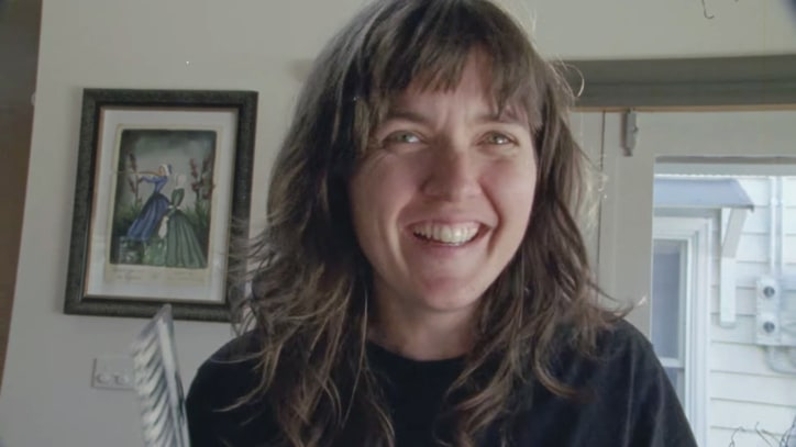 Watch Kurt Vile, Courtney Barnett's Cozy 'Continental Breakfast' Video