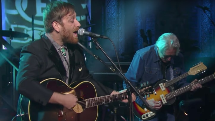 Watch Dan Auerbach Perform Solo Songs on 'Late Show'