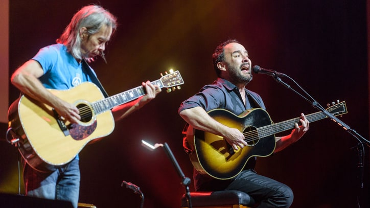 Dave Matthews, Graham Nash Perform Powerful Stand With Standing Rock Concert