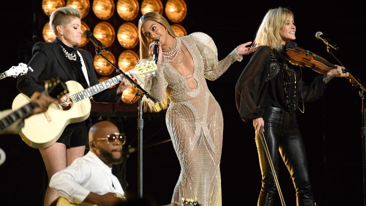 Beyonce, Dixie Chicks Unveil Post-CMA 'Daddy Lessons' Studio Version