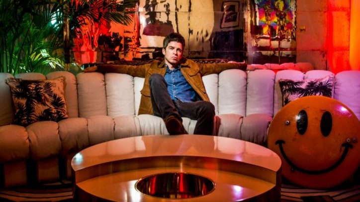 Review: Noel Gallagher, Cantankerous Oasis Refugee, Still Has Tunes to Burn