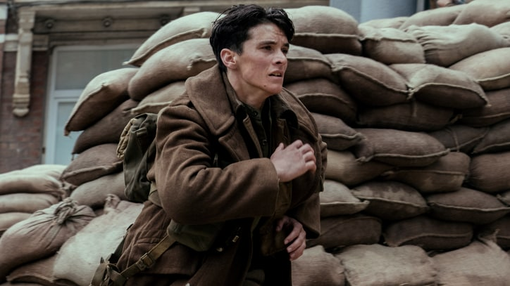 'Dunkirk' Review: Christopher Nolan's WWII Epic May Be the Greatest War Film Ever