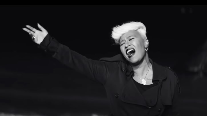 Watch Emeli Sande's Atmospheric 'Hurts' Video