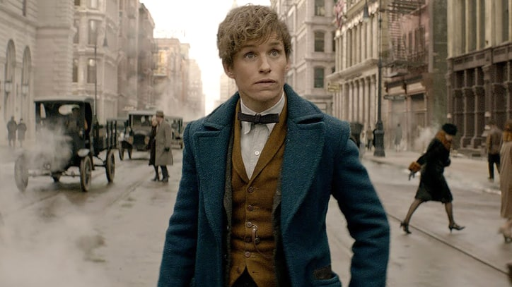 'Fantastic Beasts and Where to Find Them' Review: Potter Prequel Gets Political