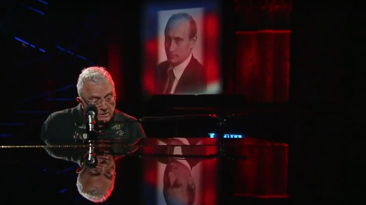 See Randy Newman Sing Scornful 'Putin' on 'Colbert'