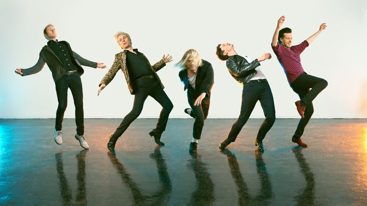 Hear Franz Ferdinand's Winding, Synth-Heavy New Song 'Always Ascending'