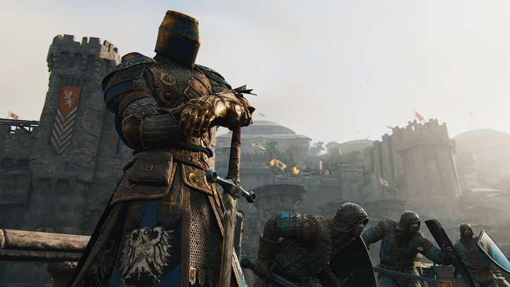 "Watch Jason Momoa, Alfie Allen and Demetrious ""Mighty Mouse"" Johnson Play 'For Honor'"