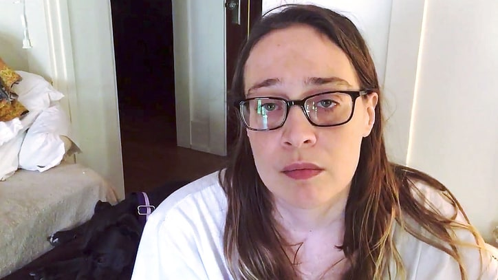 See Fiona Apple's Heartfelt Video to 'Hero' Sinead O'Connor