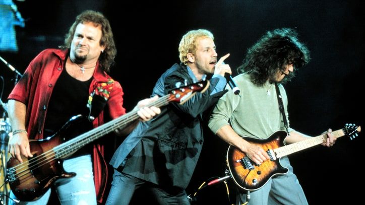 Flashback: Gary Cherone Sings 'Jump' With Van Halen in 1998