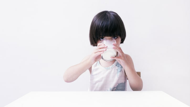 Study: Whole Milk Is Healthier For Kids