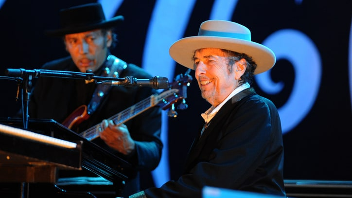 See Bob Dylan Dust Off 'Like a Rolling Stone' at Desert Trip