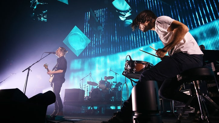Radiohead Stage Collapse: Mistrial Declared, New Trial Ordered