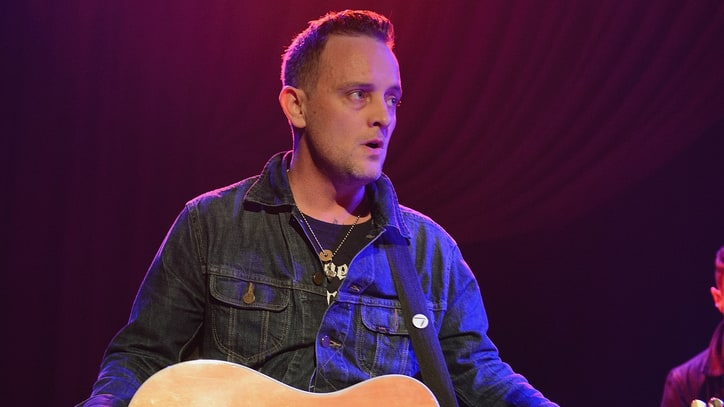 Hear Americana Punk Dave Hause Talk Misfits, U2 With Chris Shiflett