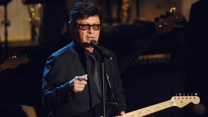 Hear Robbie Robertson, Chris Shiflett Talk Bob Dylan, Americana