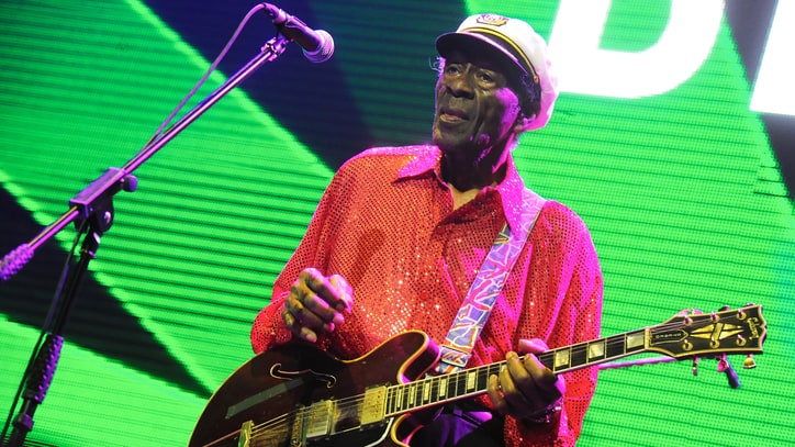 Chuck Berry Celebrates 90th Birthday With First Album in 38 Years